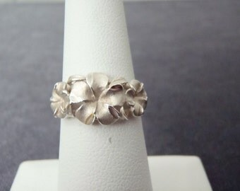 Sterling Silver Plumeria Ring Sz.6 1/4 R131