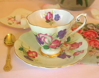 Vintage Tea Cup and Saucer Set | Royal Standard Fine Bone China Teacup Green Floral 'Fair Lady' England | Afternoon Tea Party | Gift for Her