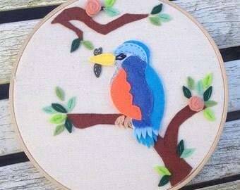 SALE!! Felt Kingfisher. Felt Bird. Felt Hoop Picture. Kingfisher Picture. Embroidery Hoop. Felt Hoop Art.