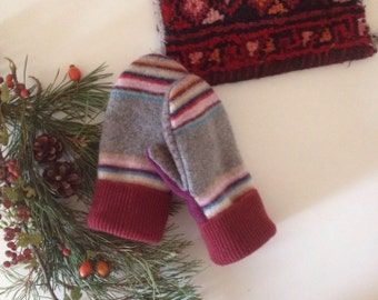 Womens extra small teens fairisle wool mittens // upcycled stripe red and grey sweater gloves // bright stripe // UK seller