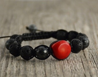 Red and black shamballa bracelet. Coral, lava and labradorite jewelry.