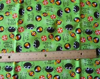 1.5 Yards Green Halloween Spider Cotton Fabric