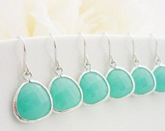 SALE 15% OFF SET of 8 Wedding Jewelry Bridesmaid Gift Bridal Earrings Mint Silver Drop Earrings Mint Faceted Glass Stone Dangle Earrings