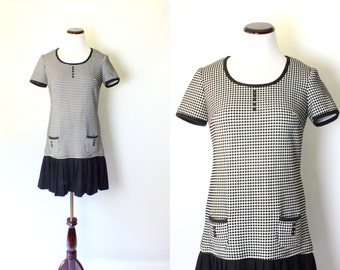 60s Mod Black and White Dotted Mini Dress | Vintage 1960s Pleated Day Dress | Retro Short Sleeve Polka Dot Dress Pleats Small