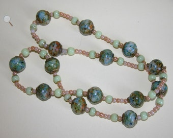Vintage Green Marbled Glass Bead Necklace