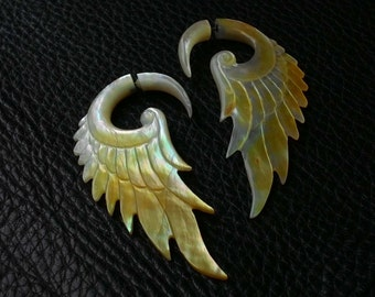 Fake Gauge Earring Tribal Wings Natural Yellow MOP Shell - Fake Ear Piercing (BLD-EFGS003)