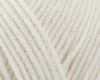 Debbie Bliss Baby Cashmerino Shade 100 White 50g Knitting Yarn Baby Wool