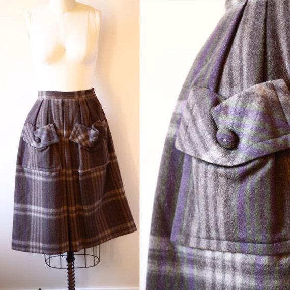 SALE / 1950s felt plaid skirt // circle skirt // vintage skirt