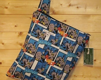 Cloth Diaper Wetbag, Batman, Diaper Pail Liner, Diaper Bag, Day Care Size, Holds 5 Diapers, Size Medium with Handle item #M72