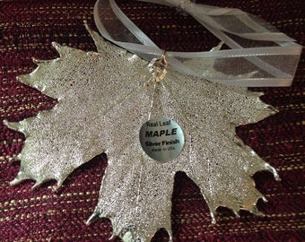 Stunning Maple Leaf Ornament - Silver