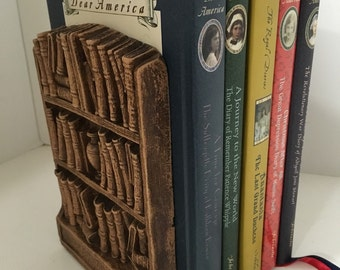 Syroco 1930s Vintage Bookends Book Cases filled with books