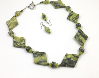 Green & Black Jasper Stone Beaded Necklace with Earrings Set