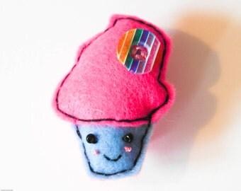 Kawaii Accessory, Cupcake brooch, Birthday Cake Pin, Felt cupcake brooch, Cute Brooch, Cupcake Pin