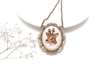 My Deer, hand embroidery pendant necklace