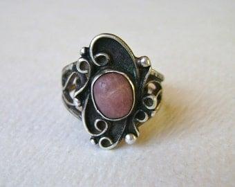southwestern ring with pinkish stone, size 5