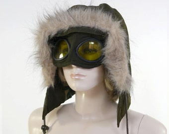 Vintage Military Hood with Goggles / Winter Hat / Removable Goggles / Military Green / Cold Weather Hood