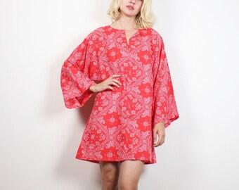 Vintage 70s Abito Rosso Bandana bianco stampa Paisley caftano Mini abito anni 1970 Hippie Kimono manica Kaftan Boho Festival vestito M L Extra-Large XL