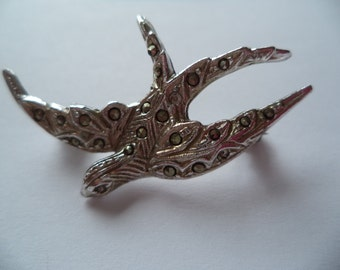 Vintage Unsigned Small Marcasite Swallow  Brooch/Pin