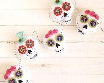 Day of the Dead Sugar Skull Felt Garland - Halloween Banner - Dia De Los Muertos - Felt Garland - Sugar Skull Banner - Halloween Decor