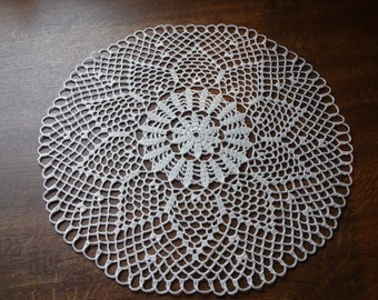 Crocheted doily Cream round table doily Handmade doily Lace doilie Crochet doilie Lace doily Crochet doily Table decoration