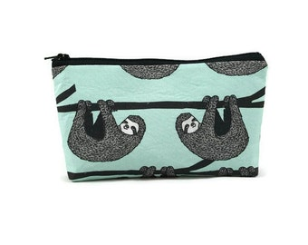 Sloth Makeup Bag,  Zipper Pouch, Zipper Bag,   SLoth Cosmetic Bag, Zipper Pouch , Makeup Pouch, Tampon Case, Cosmetic Bag,