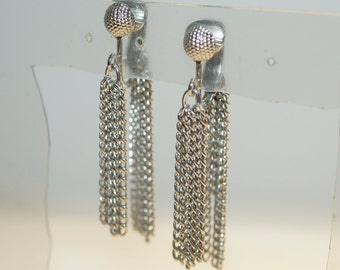 """Vintage Sarah Coventry Silver Tone Fringe 2"""" Clip on Earrings"""