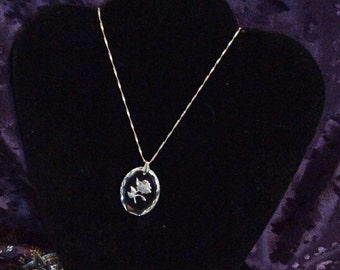 Sterling silver necklace 20 in with glass pendant