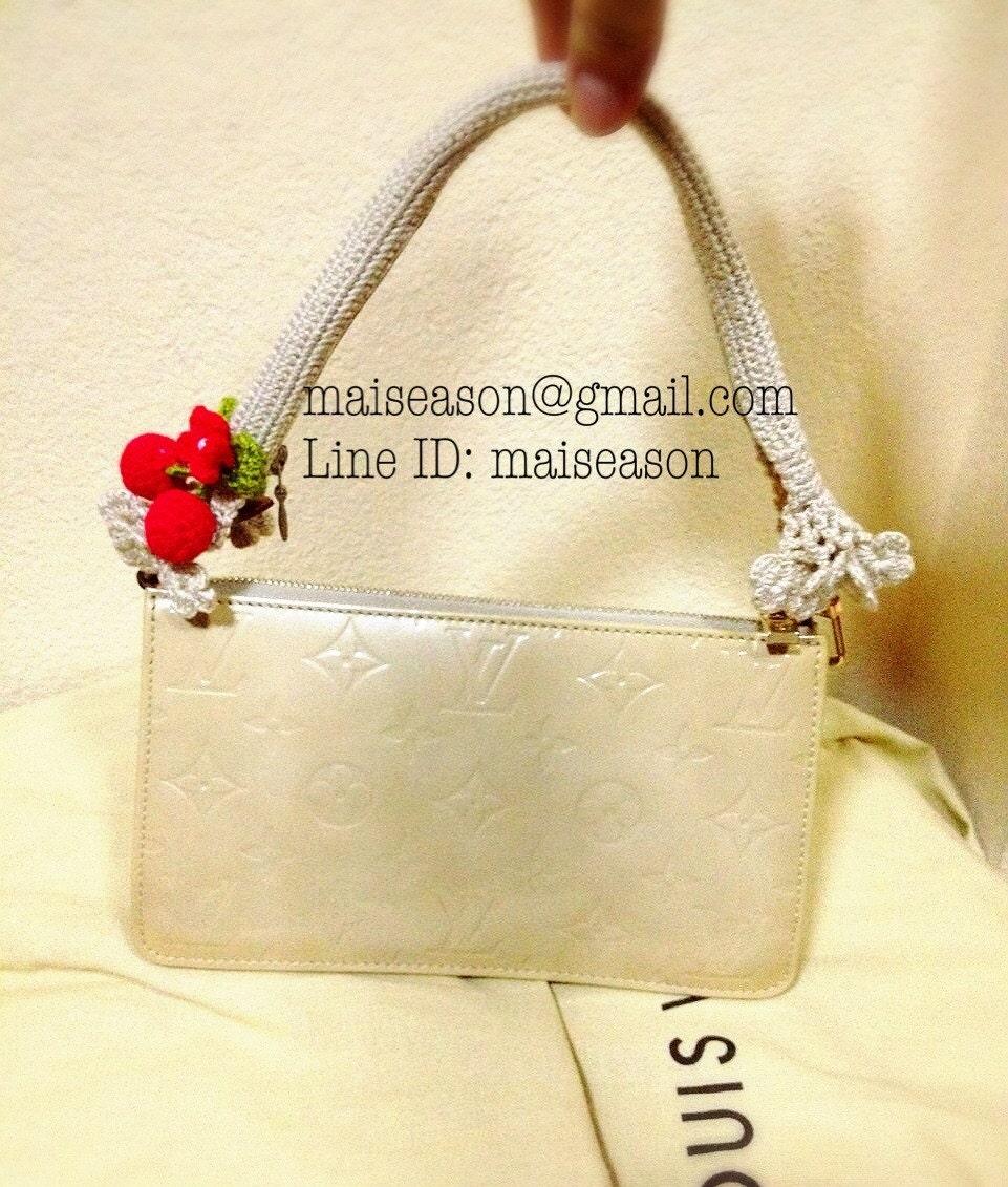 Crochet Bag Handle Cover Pattern : Bag handle. Crochet Handle covers for Louis Vuitton Pochette