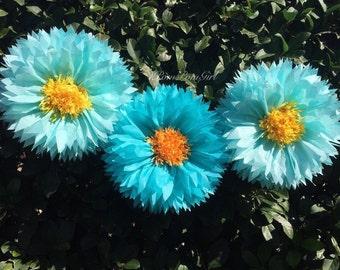 TISSUE PAPER FLOWERS / Wedding Flowers, tissue paper pom pom flowers, wedding decorations, birthday decor, bridal shower, nursery, backdrop