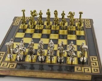 Greek warrior chess set (20X20cm) / Bronze chess board