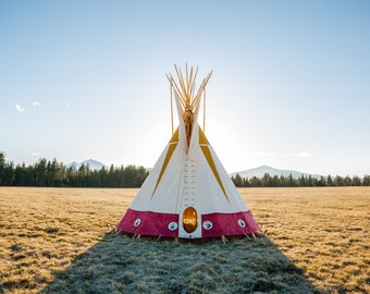 Handmade Traditional Sioux Tipi // Handmade 16 Feet Diameter