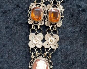 1950s Vintage Cameo Filigree necklace