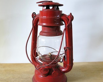 Vintage Red Lantern, Hanging Lantern, Sun Brand No. 4000, Camping, Glamping, Outdoors, Industrial, Rustic, Home Decor, Made in Japan