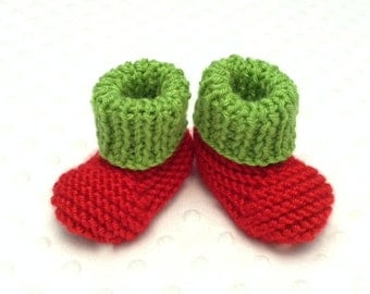 Christmas Baby Booties • Holiday Baby Booties • Pregnancy Announcement Photo Prop • Pregnancy Announcement Gift • Elf Baby Booties