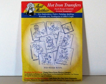 Set of 2 Aunt Martha's Iron on Transfers