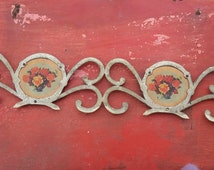Vintage large architectural salvage, brass floral design, classic home decor, brass bed element, painted bouquet (63-kre1)