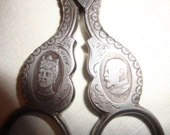 Portrait Medallion Scissors