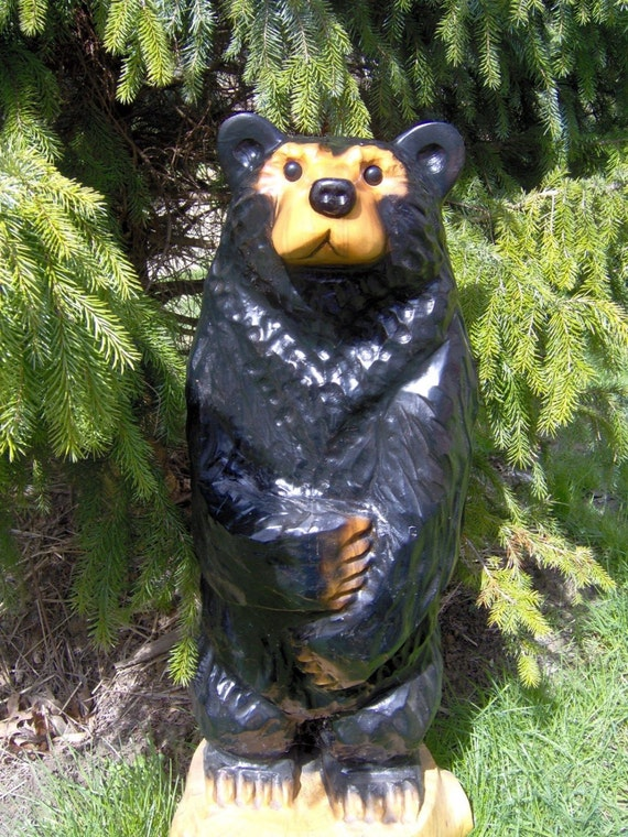 Chainsaw carved wood black bear