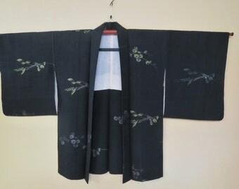 HAORI SILK URUSHI Vintage Japanese Haori Jacket Woven Urushi Mum Kiku Flower Mon Black Silk Haori Kimono Jacket Sparkly Japanese Silk Haori
