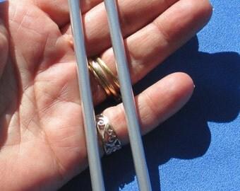 Lot Of Aluminun Knitting Needles Set Of Two Size 8