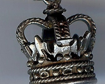 Large vintage sterling silver 3D CROWN CHARM