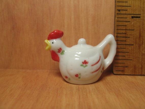 Tiny CHICKEN TEAPOT Coffeepot Pitcher Animal Teapots Hen ...