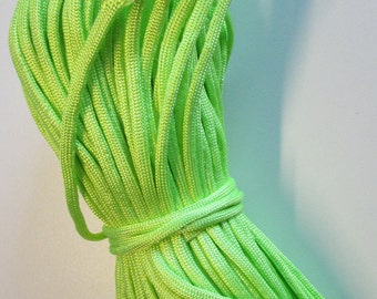 D-02771 - 2m Paracord 4mm Neon green
