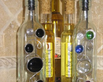 Olive Oil Bottle, Olive Oil Dispenser, Oil and Vinegar, Oil Pour Bottle, Kitchen Pour Bottle, Olive Oil Bottle with Bead and Wire Design.