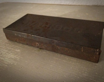 Antique Early Embossed Nabisco Tin Box Advertising Country Kitchen