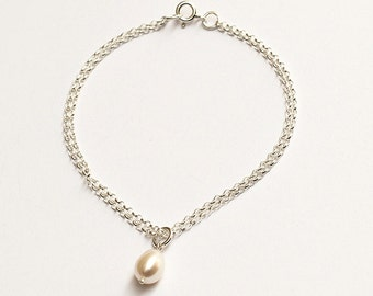 Silver Chain Bracelet with Pearl
