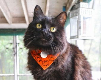 Halloween Pet Bandana with Space for Tags, Handmade Dog Scarf w ID Tag Slot, Cat Bandanna, Pumpkin Dog Accessories, Velcro Over the Collar