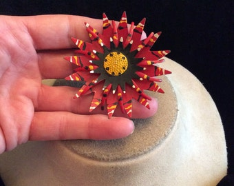 Vintage Enameled Floral Pin