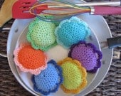 6 Scour Flower Set, Crochet Dish Scrubbie Pad, Pot Scrubber, Kitchen, Bathroom, Household Cleaning, Nylon Mesh Netting, Vibrant Colors!