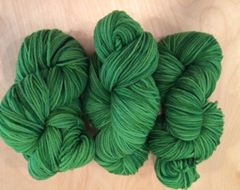Hand Dyed Metal-Free Acid Dyed 100% Merino Yarn Worsted Weight